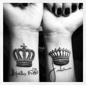 king-and-queen-crowns